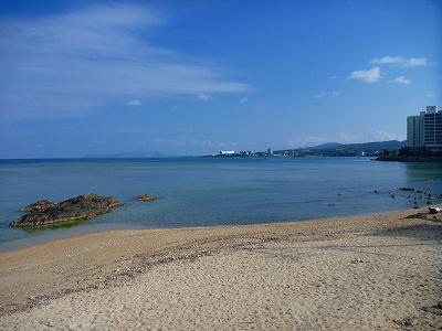 沖縄マリブビーチ.jpg